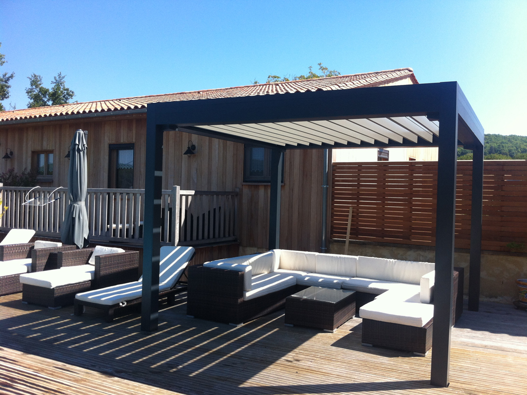 pergola bioclimatique marquises open stores de france. Black Bedroom Furniture Sets. Home Design Ideas