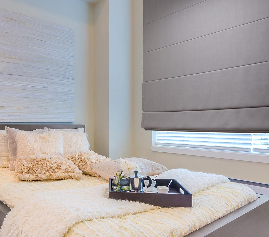 store enrouleur occultant avec coffre motoris stores de france. Black Bedroom Furniture Sets. Home Design Ideas